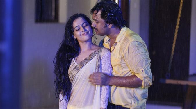 Jeeva and Disha Pandey in Kombu