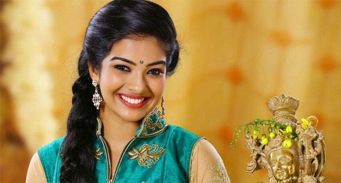 Actress Monisha