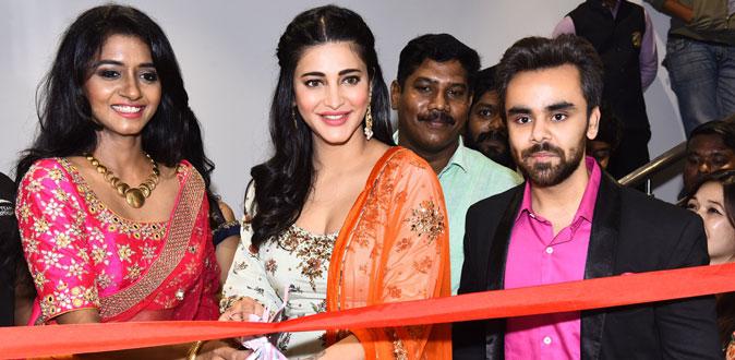 Shruthi Haasan in Neeru's Family Store Open at Chennai