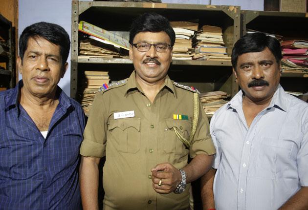 4500 துணை நடிகர்களுடன், 6 இயக்குநர்கள்! - 'கிளம்பிட்டாங்கய்யா கிளம்பிட்டாங்கய்யா'