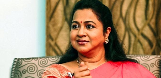 ஆசியாவின் முதல் பெண்! - ராதிகா நிகழ்த்திய சாதனை