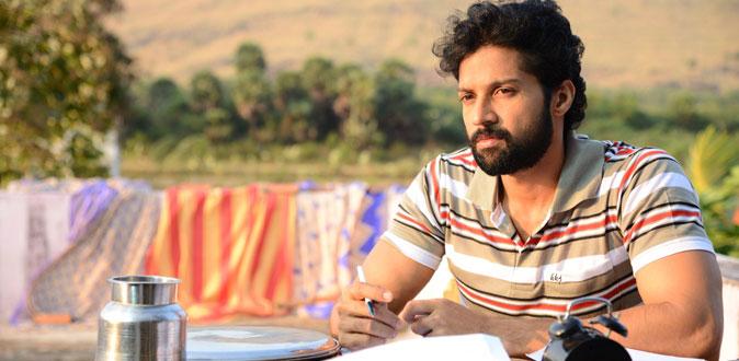 சந்தோஷ் பிரதாபின் உதவி இயக்குநர் செண்டிமெண்ட்!