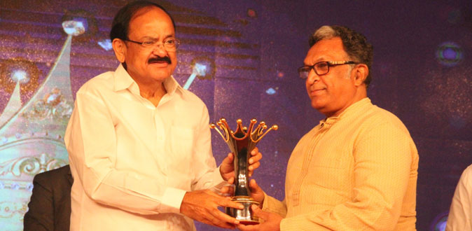 The first edition of the Magudam Awards witnessed M Nassar being bestowed with the Lifetime Achievement Award