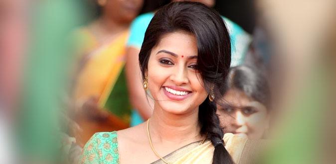 சினேகா நடிக்கும் 'ஷாட் பூட் த்ரீ'