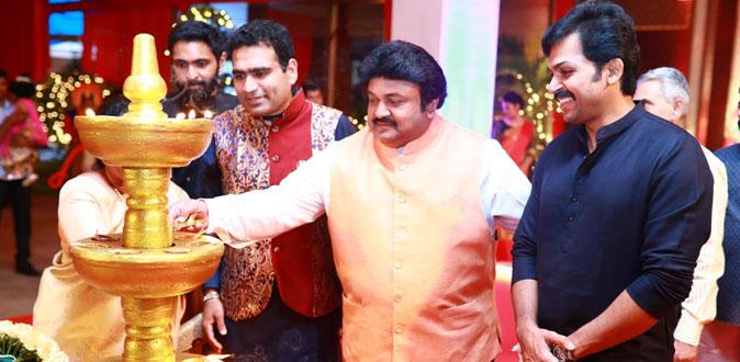 Star-studded Navratri celebrations at Kalyanaramans