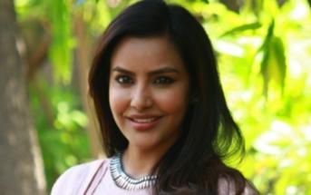 குவியும் வாய்ப்புகள் - குஷியில் பிரியா ஆனந்த்