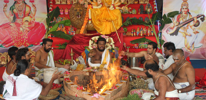 'நவநிதி தாரிணியாம்' நவராத்திரி நாயகியரின் அருள் பெற வேண்டுமா..?