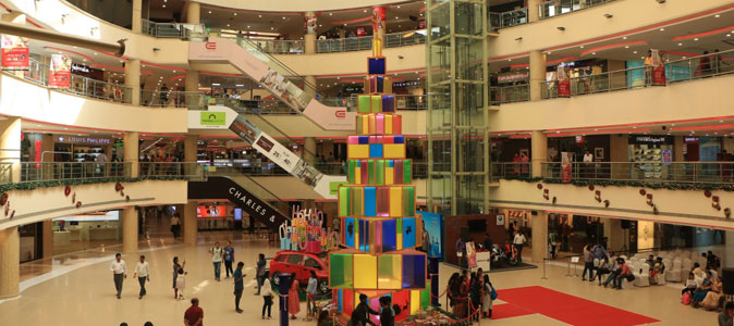 This Christmas Celebrate Art at Express Avenue