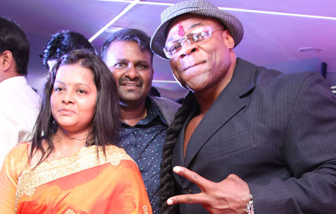 Kai Greene Inaugurates Skale Gym at Chennai Video