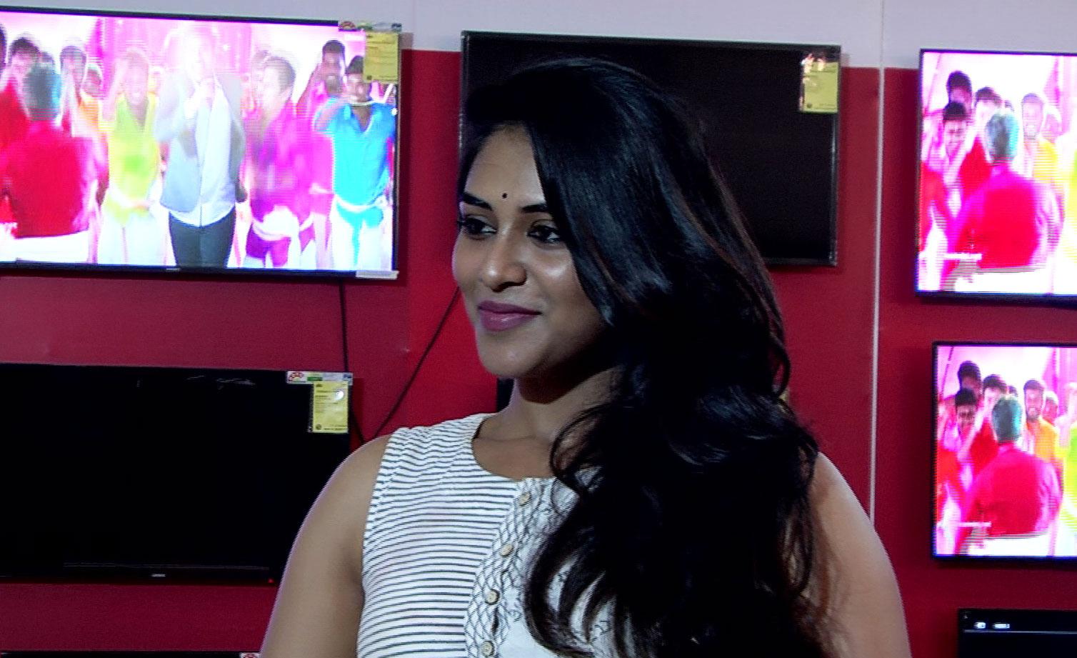 Actress Indhuja SSM Water World Inauguration